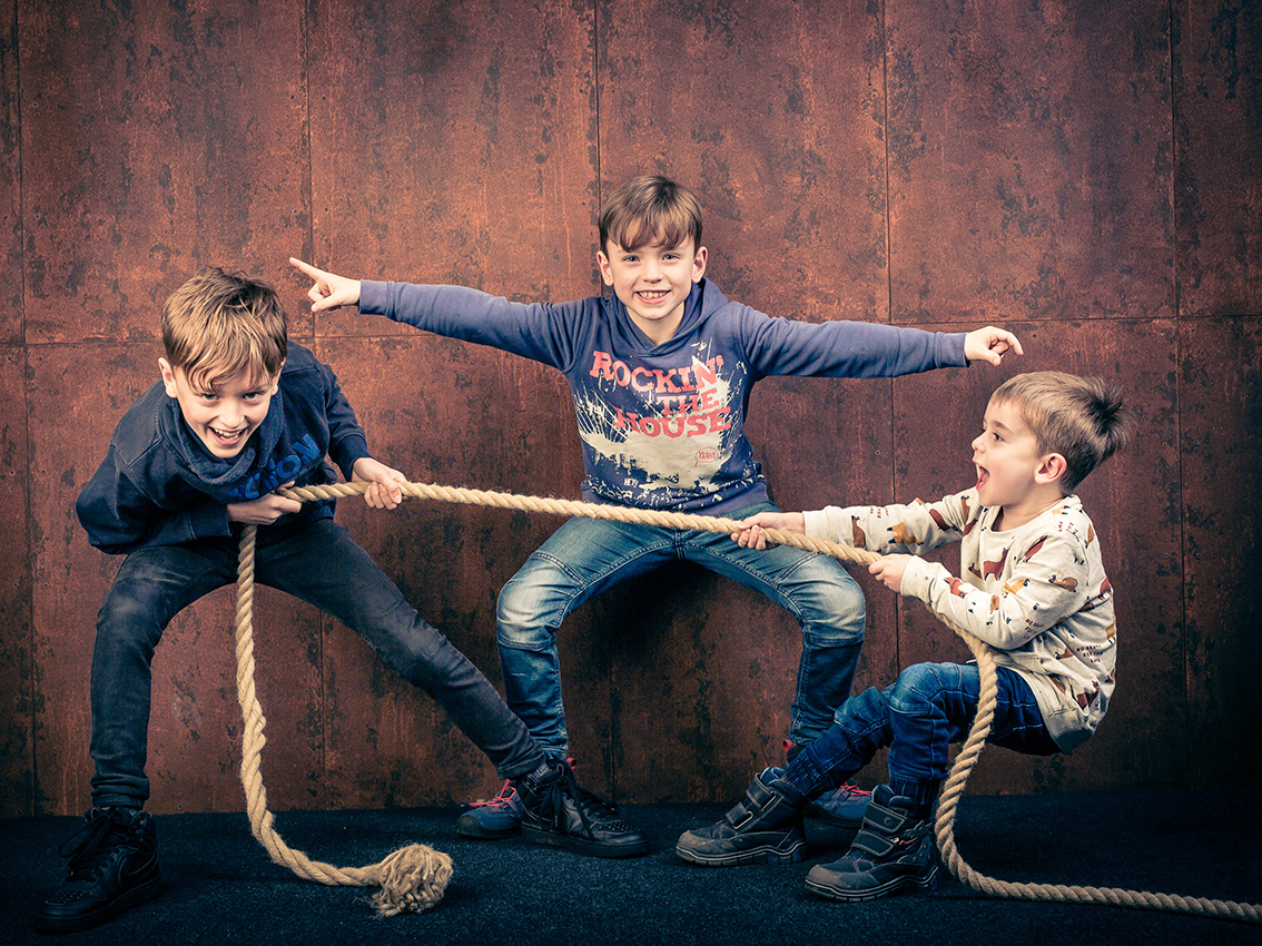 004-kids-kinder-kinderfotos-eschweiler-kinder-shooting-aachen-kinderportrait-kinderbilder-heinsberg-kinderfotografie-dueren-aachen-alsdorf-004-22882028