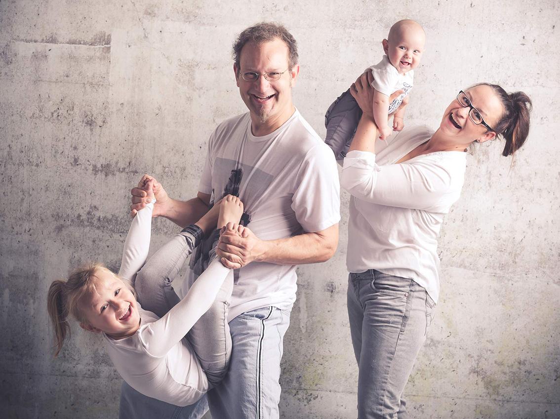 009-FAMILIE-Familienfotos-Eschweiler-Familienshooting-Aachen-Fotograf-Dueren- Fotos-by-Domi20711202
