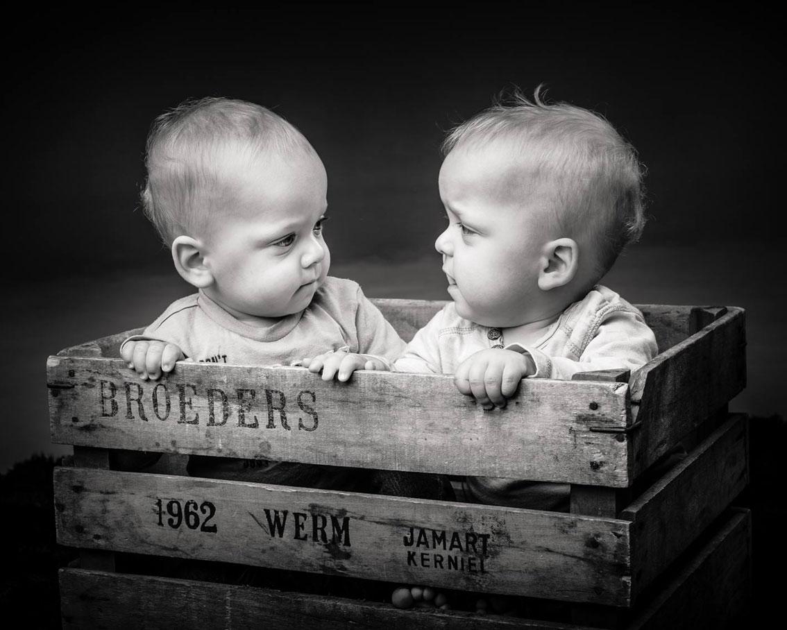 043-kids-kinder-kinderfotos-kinder-shooting-aachen-kinderportrait-kinderbilder-heinsberg-kinderfotografie-dueren-aachen-alsdorf-038