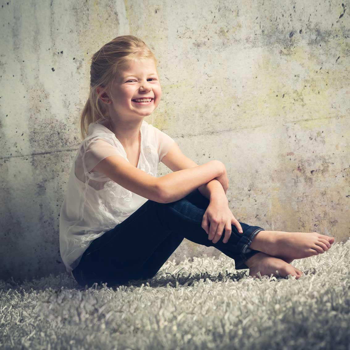 045-kids-kinder-kinderfotos-kinder-shooting-aachen-kinderportrait-kinderbilder-heinsberg-kinderfotografie-dueren-aachen-alsdorf-017