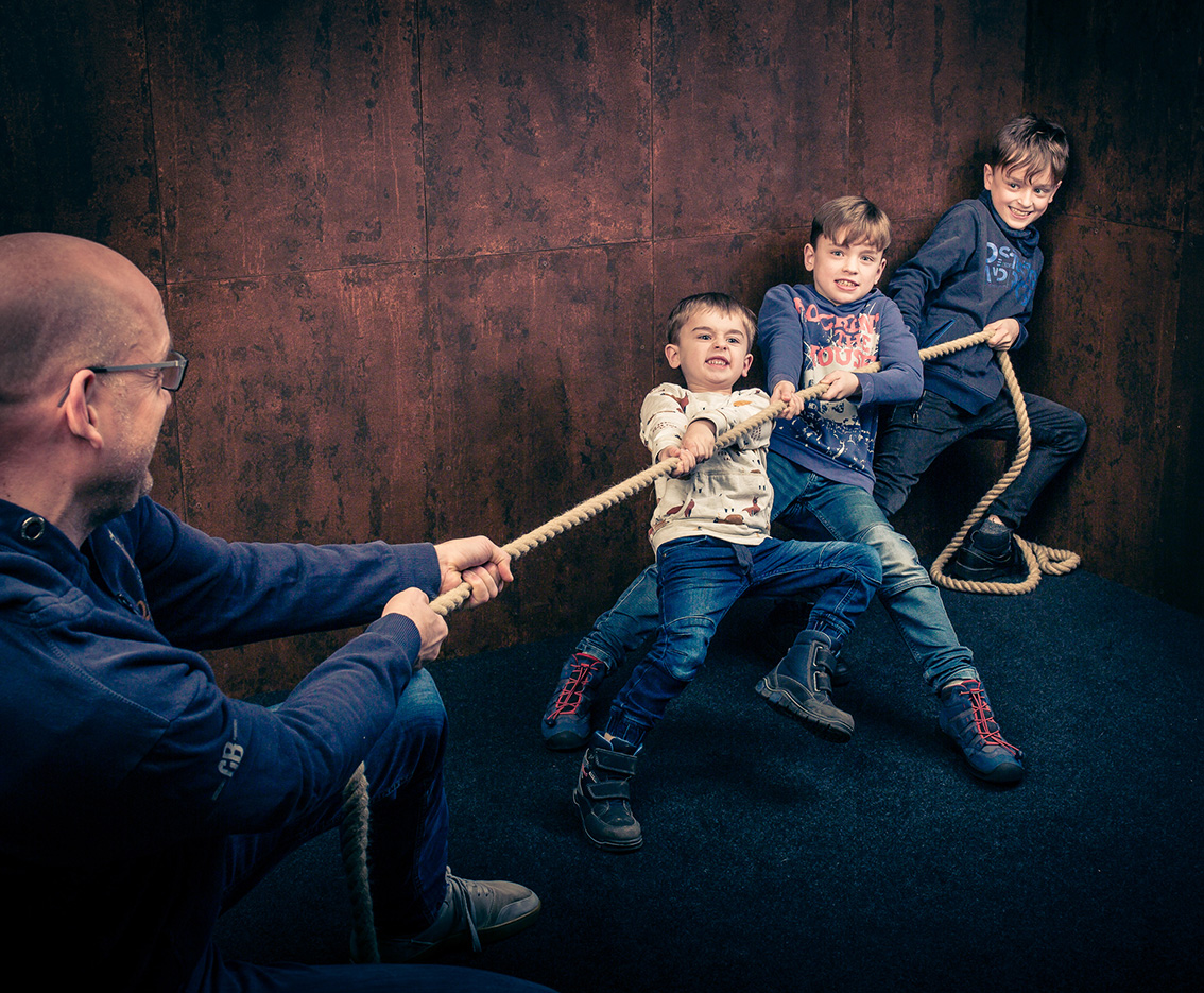 054FAMILIE-Familienfotos-Eschweiler-Familienshooting-Aachen-Fotograf-Dueren- Fotos-by-Domi22882018