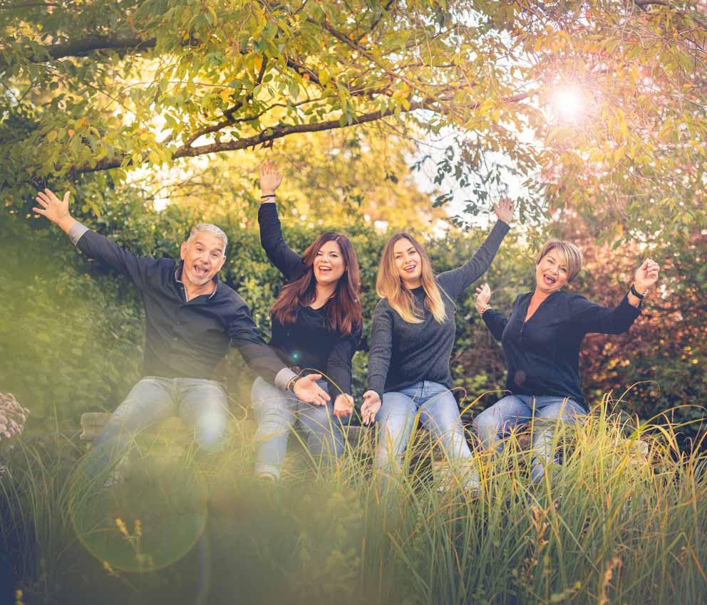 094FAMILIE-Familienfotos-Eschweiler-Familienshooting-Aachen-Fotograf-Dueren- Fotos-by-Domifamily-22414024