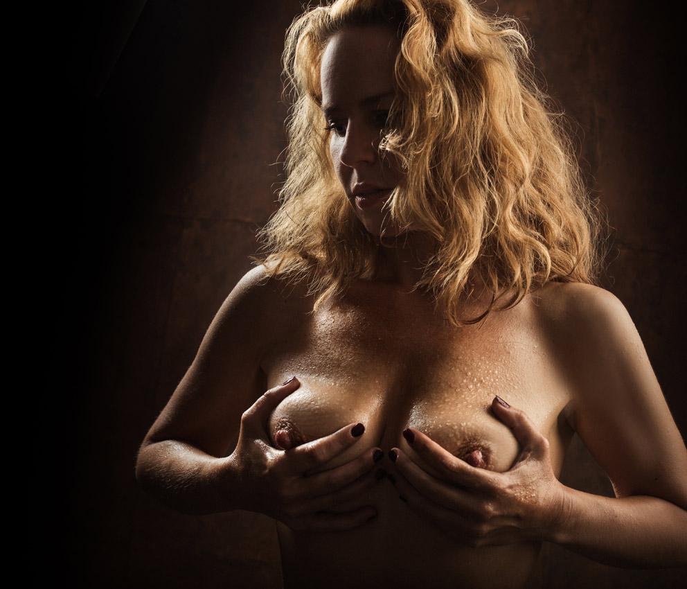 AKT-UND-EROTIK-aktshooting-eschweiler-erotikfotos-dueren-erotische-fotos-eschweiler-erotikshooting-alsdorf-aktfotografie-aachen-Fotos-By-Domi-Eschweiler-21