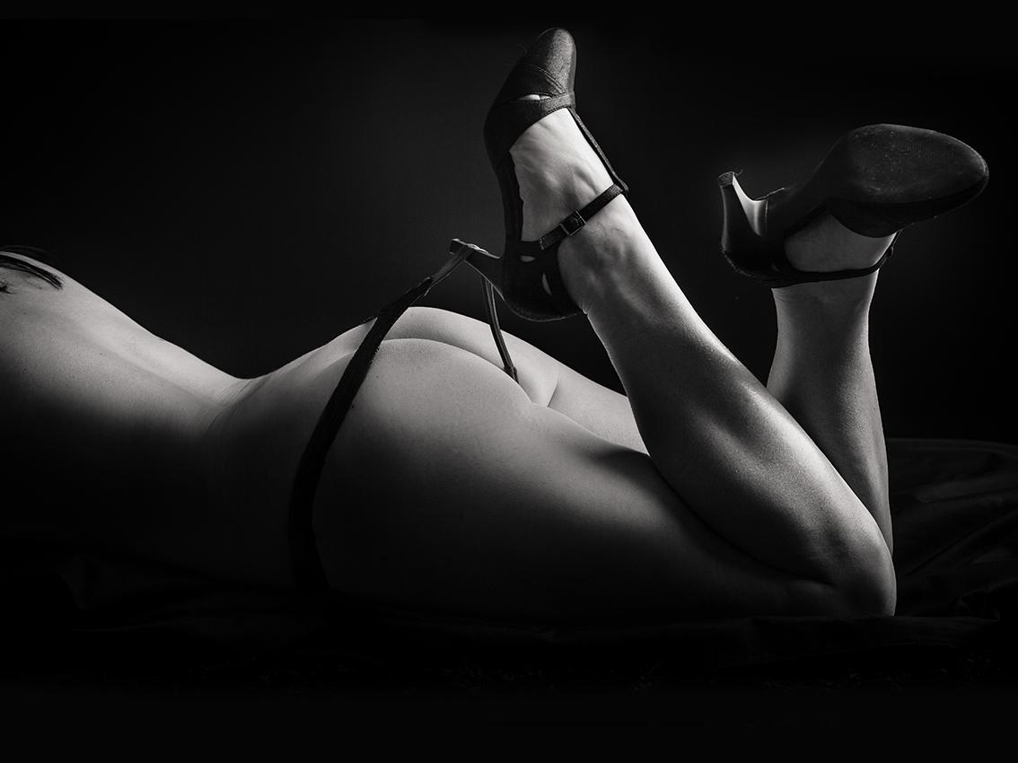 AKT-UND-EROTIK-aktshooting-eschweiler-erotikfotos-dueren-erotische-fotos-eschweiler-erotikshooting-alsdorf-aktfotografie-aachen-Fotos-By-Domi-Eschweiler-51