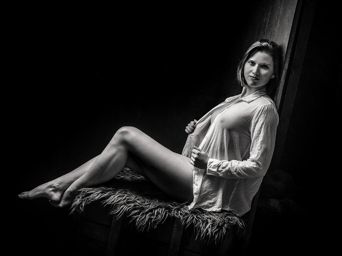 AKT-UND-EROTIK-aktshooting-eschweiler-erotikfotos-dueren-erotische-fotos-eschweiler-erotikshooting-alsdorf-aktfotografie-aachen-Fotos-By-Domi-Eschweiler-52