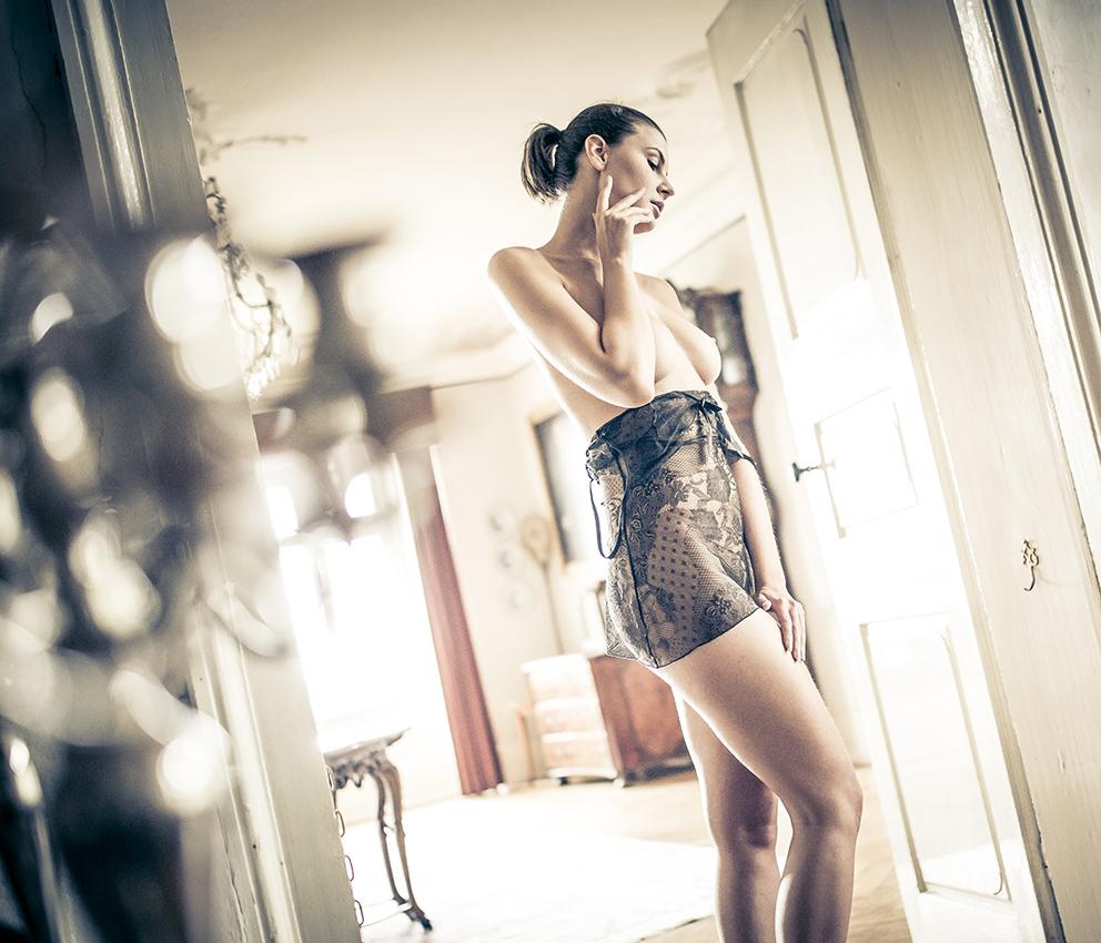 BEAUTY-und-BOUDOIR-aachen-erotikshooting-dueren-erotikfotos-alsdorf-erotikbilder-eschweiler-boudoirfotografie-aachen-Fotos-by-Domi-alsdorf-0190