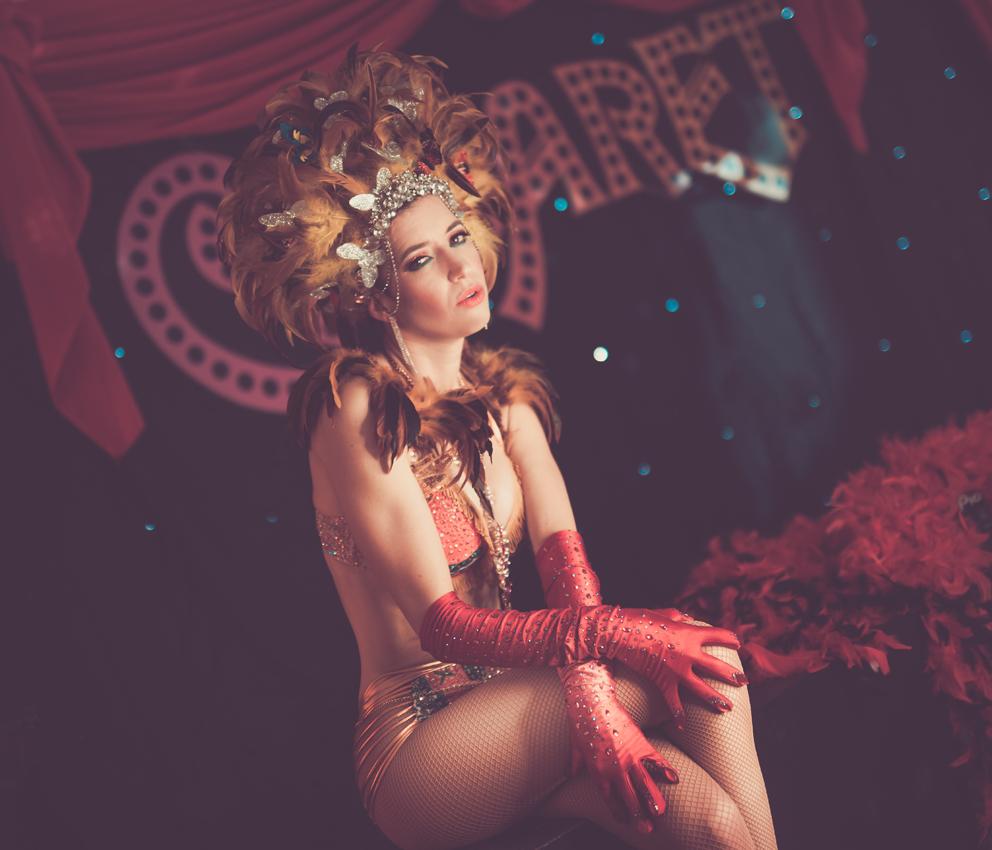 BEAUTY-und-BOUDOIR-aachen-erotikshooting-dueren-erotikfotos-alsdorf-erotikbilder-eschweiler-boudoirfotografie-aachen-Fotos-by-Domi-alsdorf-025-burlesque-aachen