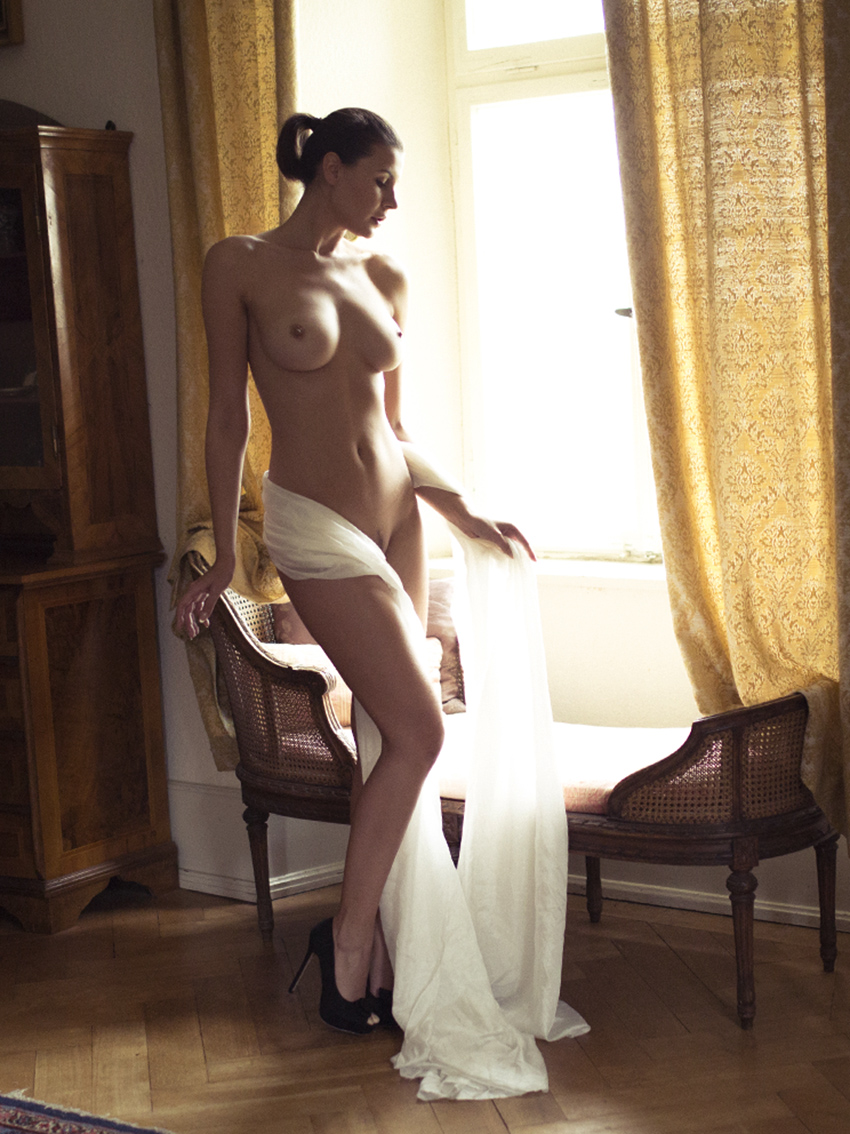 BEAUTY-und-BOUDOIR-aachen-erotikshooting-dueren-erotikfotos-alsdorf-erotikbilder-eschweiler-boudoirfotografie-aachen-Fotos-by-Domi-alsdorf-0500