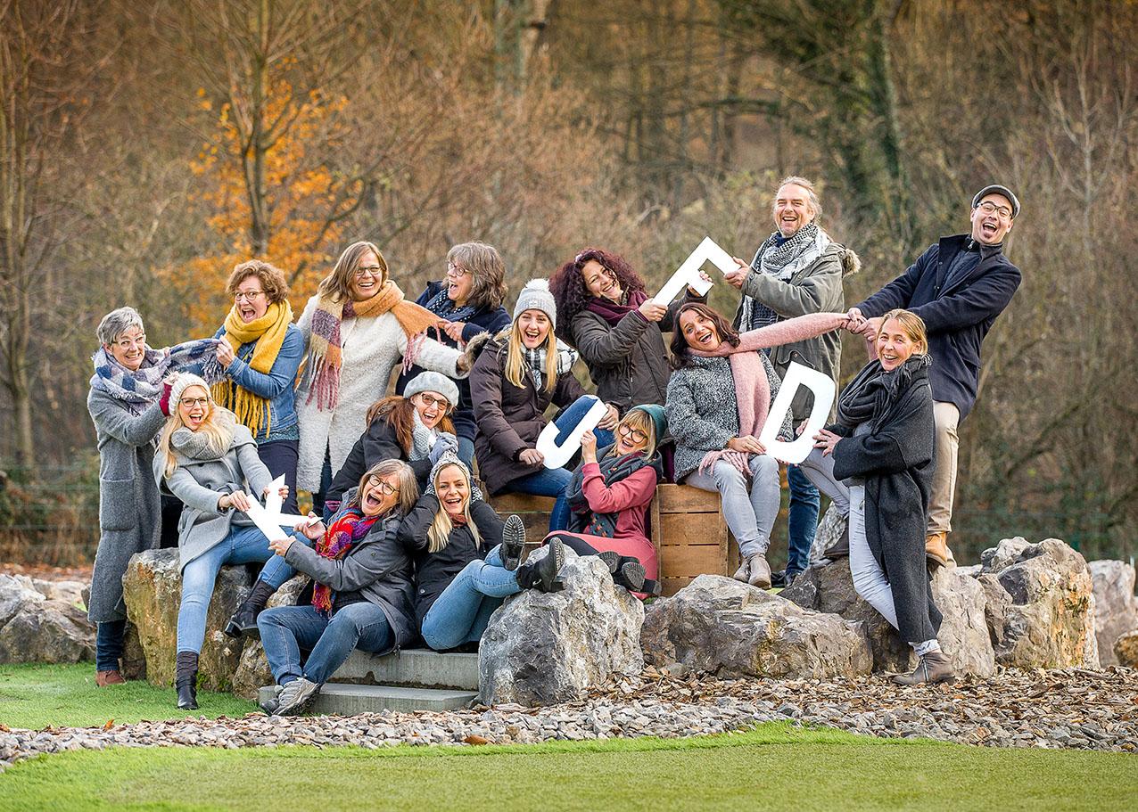 BUSINESS-Firmenfotos-aachen-businessportrait-eschweiler-mitarbeiterfotos-dueren-businessfoto-aachen-Fotos-by-Domi-eschweiler-teamfoto-aachen-11-18_9913