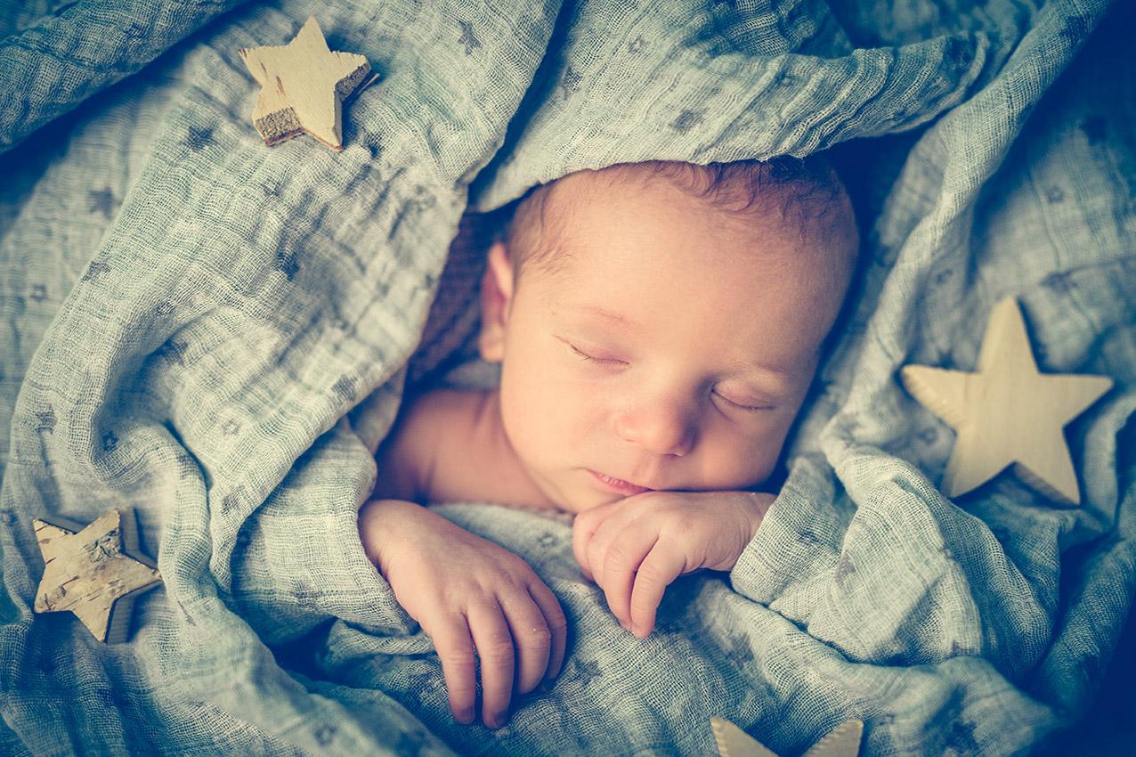 NEWBORN-aachen-babyfotos-dueren-neugeborenenfotos-alsdorf-babyfotograf-eschweiler-fotos-by-domi-23345270