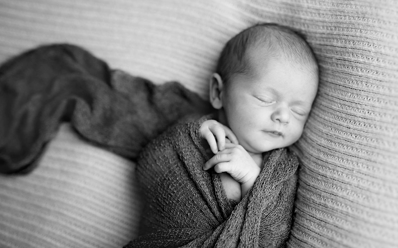 NEWBORN-aachen-babyfotos-dueren-neugeborenenfotos-alsdorf-babyfotograf-eschweiler-fotos-by-domi-5627